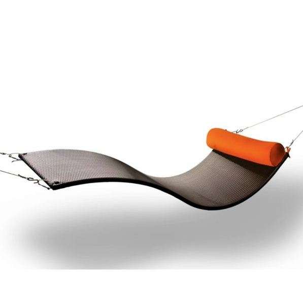 Know Your Furniture: History of the Hammock